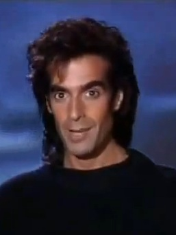 David-Copperfield-straight-portrat-257-Las-Vegas-Hollywood-theatre-MGM-Grand
